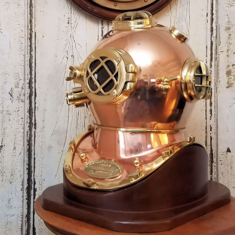 Navy-Style-Replica-Polished-Brass-and-Copper-Diving-Helmet--Second--15053