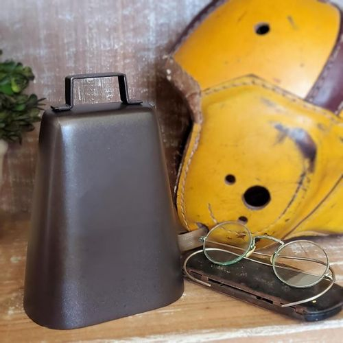 "Dark Bronze Deluxe Cow Bell ""Second"""